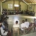 Haitianos se organizan contra ley minera
