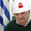 Mujica sostiene que se puede reconstruir el suelo tras la explotación minera