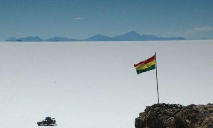 En cinco años Bolivia producirá baterías de litio para exportar