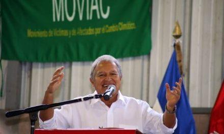 Sánchez Cerén se compromete a prohibir la minería en El Salvador