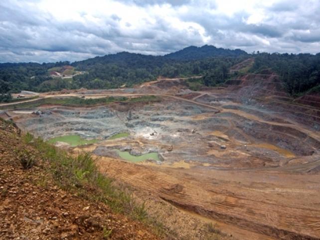 Minera Panamá agudiza contradicciones con Petaquilla Gold