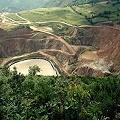 Multan mina de oro por verter metales pesados al río Cauxa