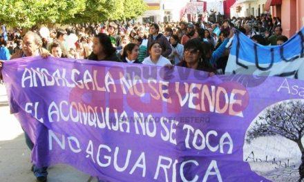Una multitud marchó en Andalgalá por aniversario de la represión y contra la megaminería