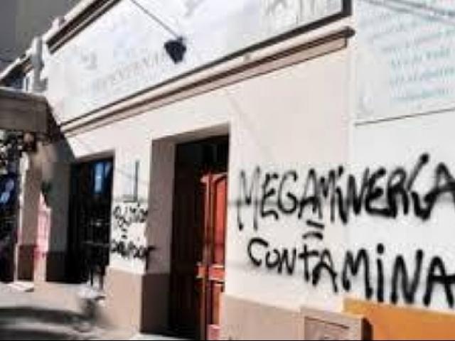 Caso de los grafitis contra la megaminería: piden que se cierre la causa