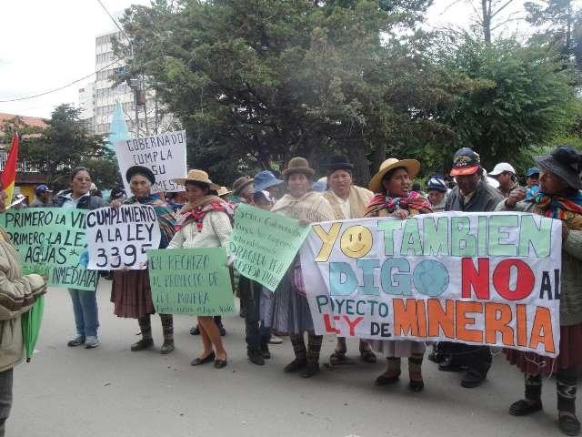 Regantes de Oruro rechazan rotundamente la ley minera