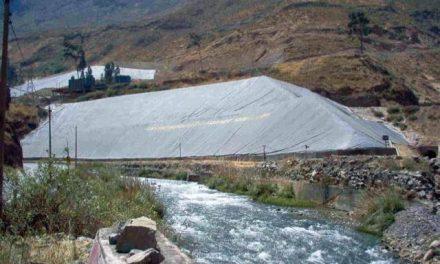 Relaves mineros amenazan al río Rímac en la sierra limeña
