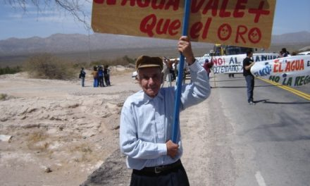 Electroducto de Minera La Alumbrera en la Comunidad Indigena Tafi del Valle