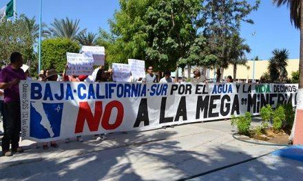 """""""Fuera minas"""", exigen vecinos en el Congreso del Estado"""