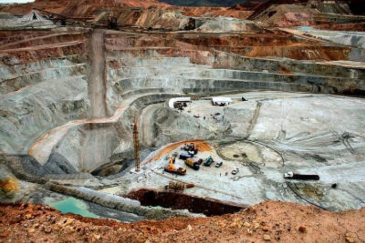Más permisos de exploración de titanio en Mendoza