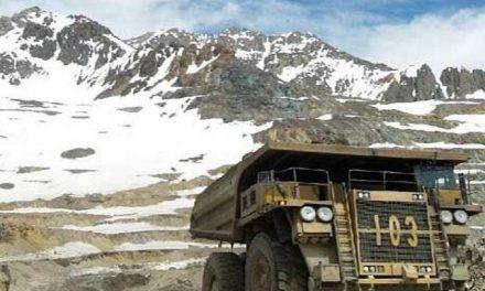 «Podemos vivir sin esta gran minería, pero no sin agua»