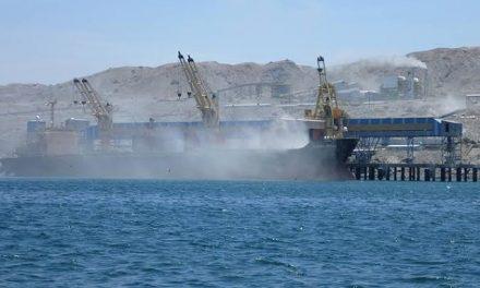 Minería de fosfatos agita las aguas en Sechura