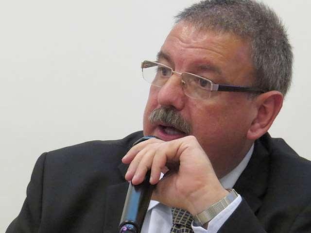 El gobierno uruguayo no quiere patriotas entre los servidores públicos