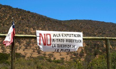 Minera que opera ilegalmente amenaza con destruir la Quebrada de la Plata en Maipú