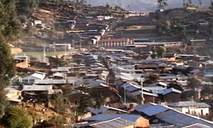 Comunidades afectadas por minería dialogan para evitar enfrentamientos