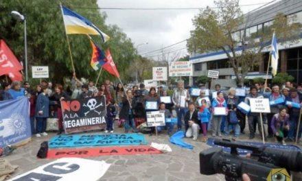«22 de Julio en Chubut: «Minería y corrupción»