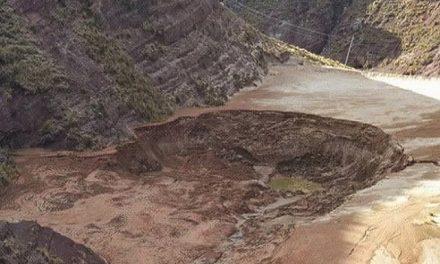 Campesino dice cultivos están dañados por derrame minero en el Pilcomayo