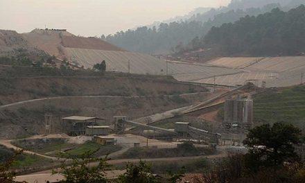 Explotación minera con respaldo militar acecha de nuevo a comunidad organizada