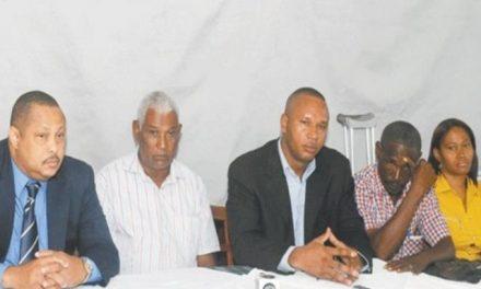 Continuarán protestas de vecinos de Cotui en contra de Barrick Gold