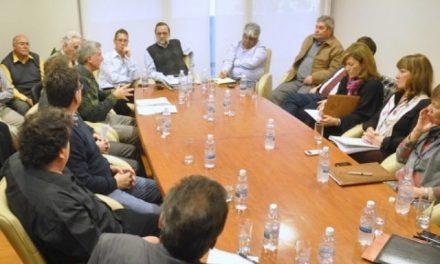 El proyecto del pueblo: Diputados y empresarios quieren un debate público sobre minería