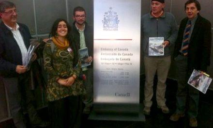 Organizaciones entregan informe de vulneración de derechos humanos por mineras canadienses a la embajada