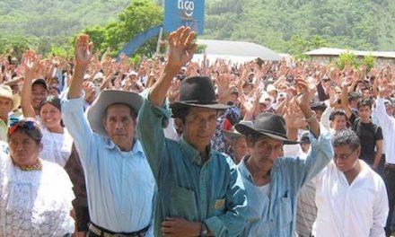 Miles de pobladores reafirmaron el rechazo a la minería