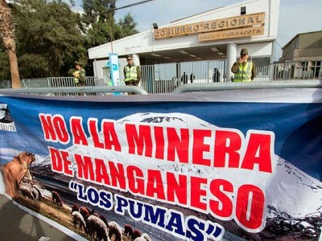 Comunidades aymara llaman a movilizaciones ante amenaza de minera de manganeso en su territorio