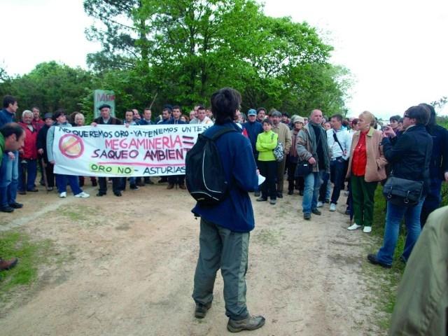 «La minera EMC está recibiendo un trato de favor inadmisible que no se dio nunca en Asturias»