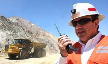 Mineras despiden profesionales y otros trabajadores para mantener ganancias