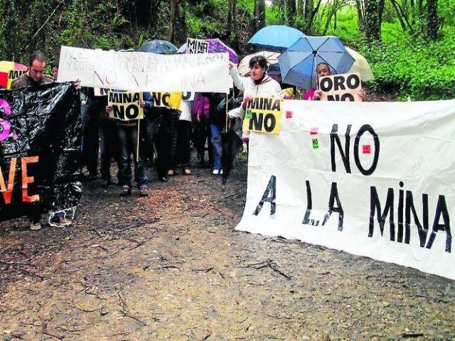"""Consideran al gobierno """"cómplice"""" del proyecto minero de Tapia"""