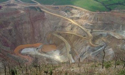 Exigen que se ponga freno a los vertidos contaminantes de mina de oro de Belmonte
