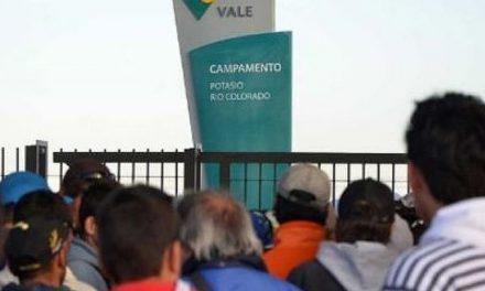 Masa crítica a base de promesas: Negocian lugar para despedidos de Vale en nuevos proyectos mineros
