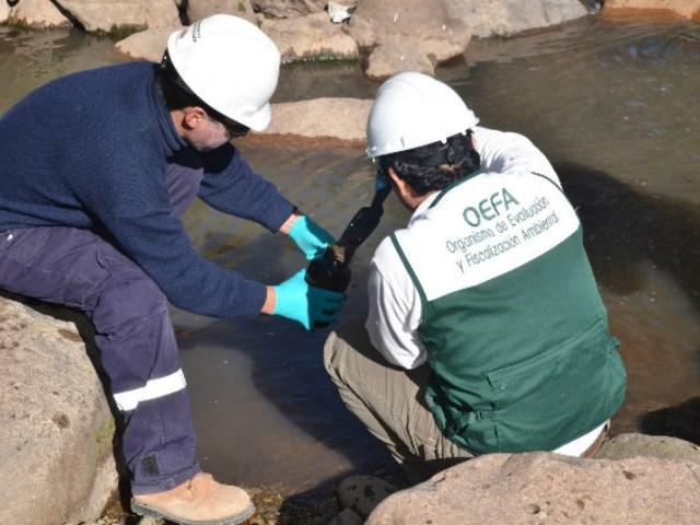 Derrame de relaves mineros afecta 8 mil metros cuadrados en Perú