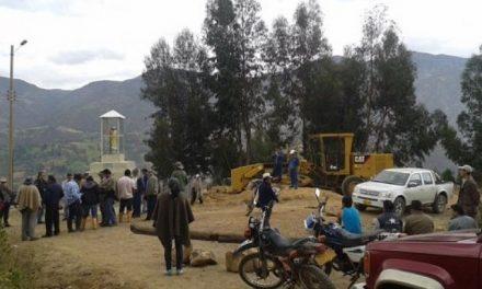 Comunidad de Tasco impidió el ingreso de maquinaria minera