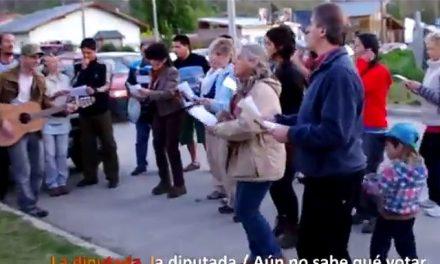 """""""El diputado (serenata esclarecedora)"""": Canto a cielo abierto en Esquel"""