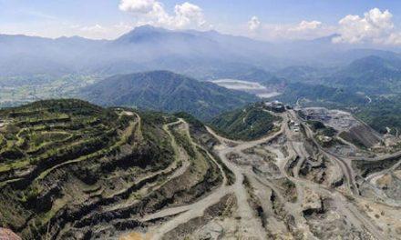 """Buscan """"moratoria"""" a minas en Ayotitlán"""