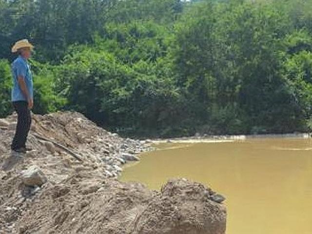 Cientos de pobladores sin agua por el derrame tóxico de minera del Grupo Cam Cab