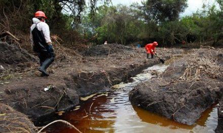 Derrame minero en Sinaloa provoca daños en la piel de habitantes