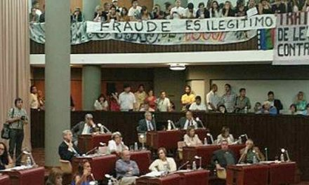 El fraude: la Legislatura hizo un Frankestein con la iniciativa popular y abrió las puertas a la minería