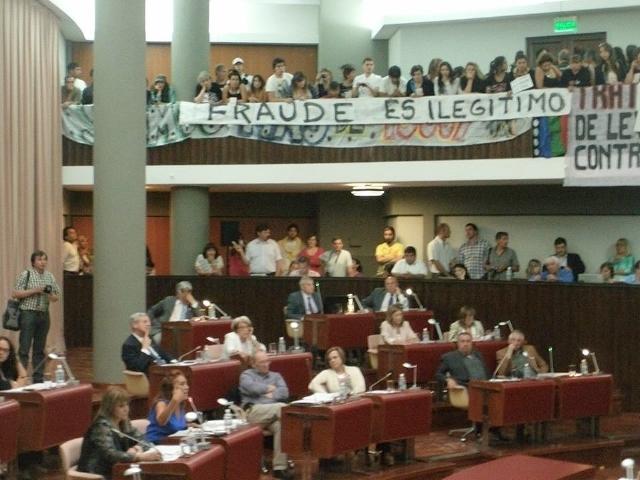 """Reconocido constitucionalista afirma que la ley de """"reforma minera"""" es inconstitucional"""