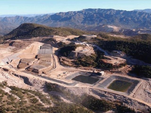 Derrame de agua contaminada con cianuro en mina de oro Noche Buena