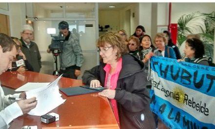 Vecinos autoconvocados de Esquel piden a Fiscalía que investigue los dichos del Intendente