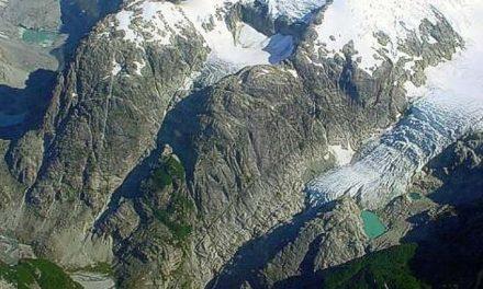 Ley de Glaciares: el gobierno chileno busca legalizar su destrucción
