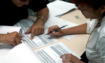 Presentan al Banco Muncial firmas de rechazo a demanda de minera a El Salvador
