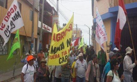 Campesinos inician paro contra proyecto minero Tía María