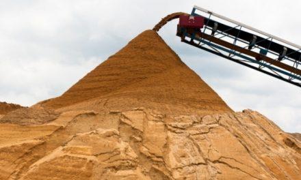 Polvo en suspensión, silicosis y químicos, detrás de la extracción de arena para fracking
