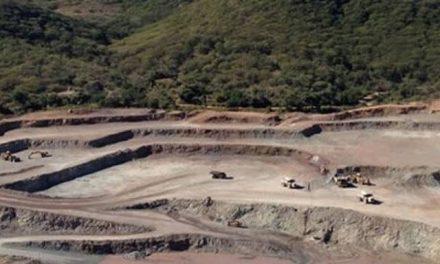Entre ellos se entienden: Minera 'pide permiso' a cárteles para explorar