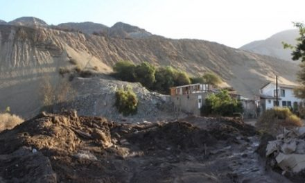 Relaves mineros amenazan a poblaciones chilenas