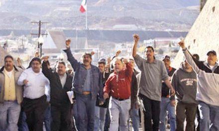Marchan más de 2 mil personas en Cananea afectados por contaminación minera
