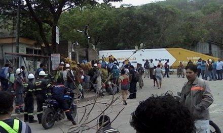 Protesta de pobladores ante minera que genera restricciones del uso de energía eléctrica