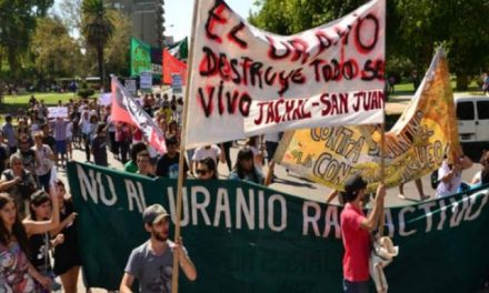 """La Asamblea """"Jáchal No Se Toca"""" vuelve a la carga contra el uranio"""